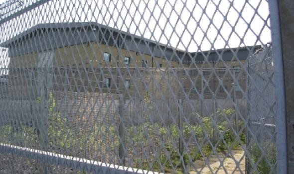 Migrant Voice - UK: locking people up indefinitely