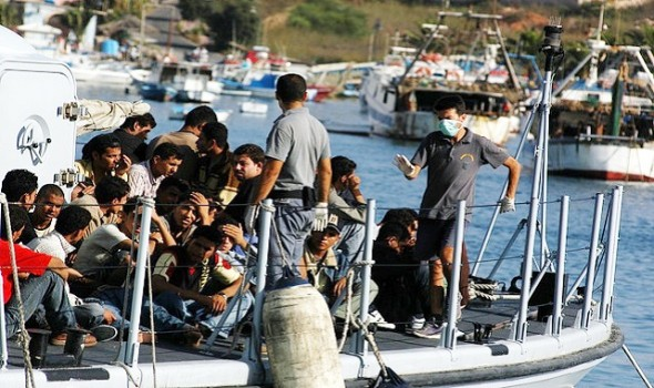 Migrant Voice - Italy saves thousands of migrants