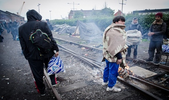 Migrant Voice - to escape Calais 'Jungle'