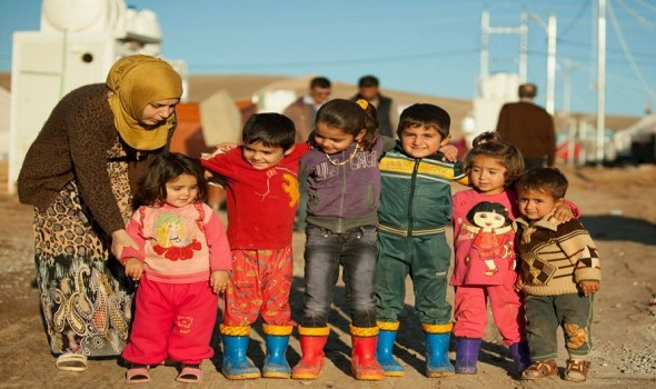 Migrant Voice - First school for Syrian children in Iraqi refugee camp